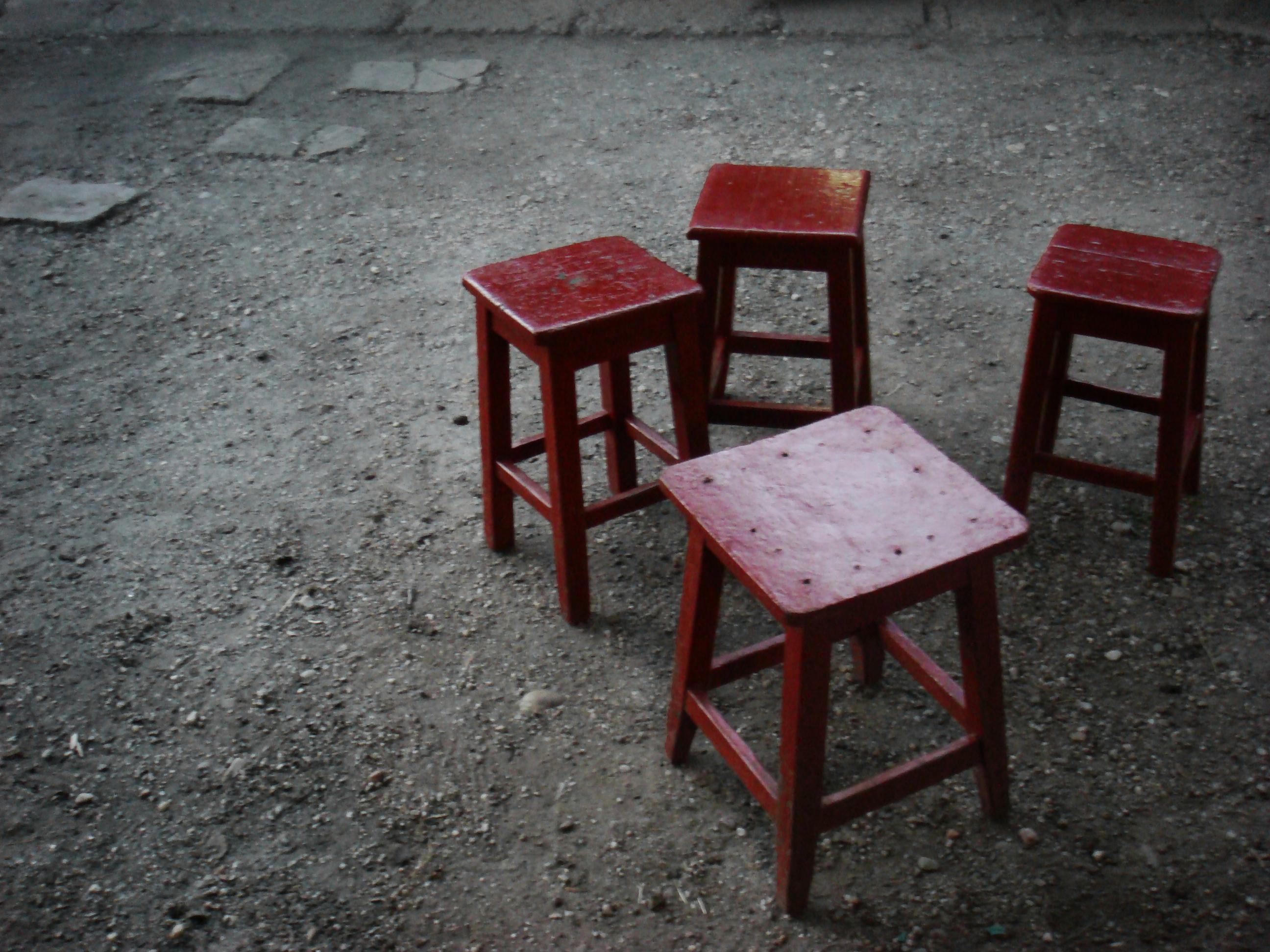 scaunele.jpg